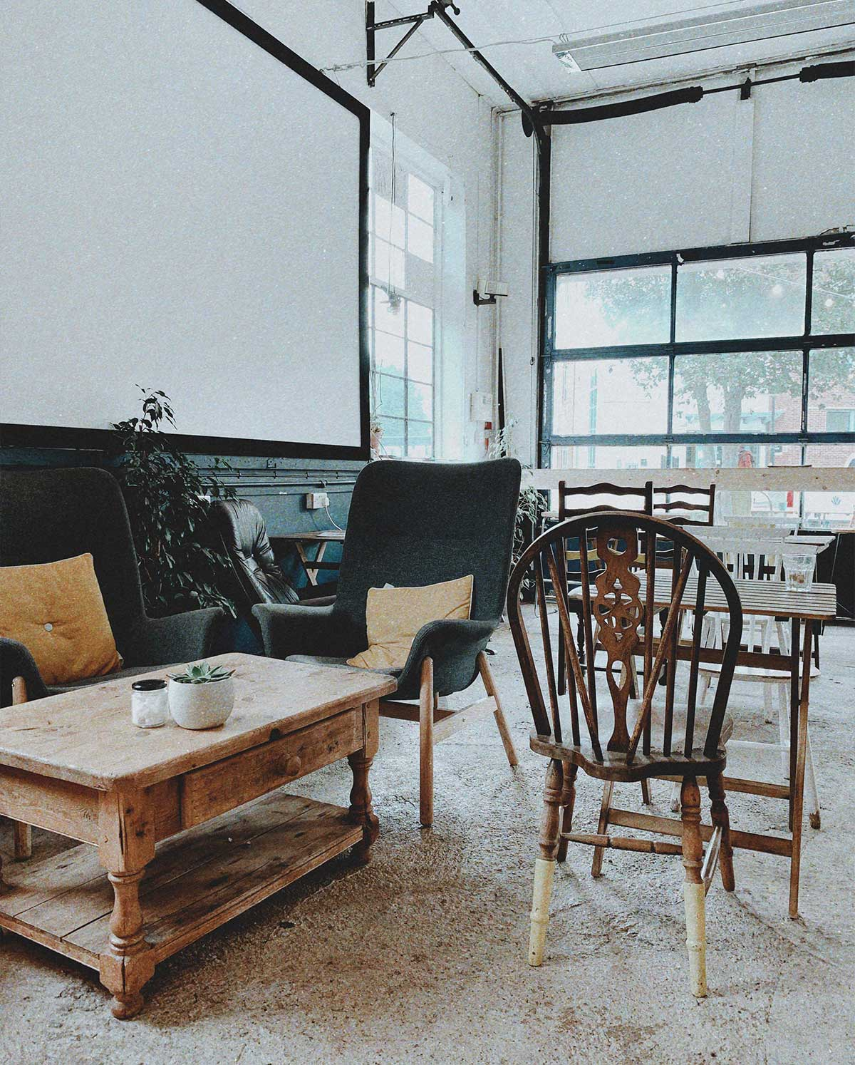 Themesberg Office